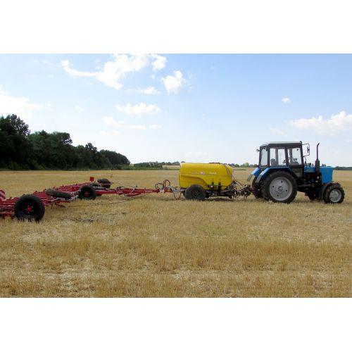 """Комплекс для внесення в ґрунт рідких мінеральних добрив і засобів захисту рослин ( ОЗП )""""РЕАЛ - 15 """""""