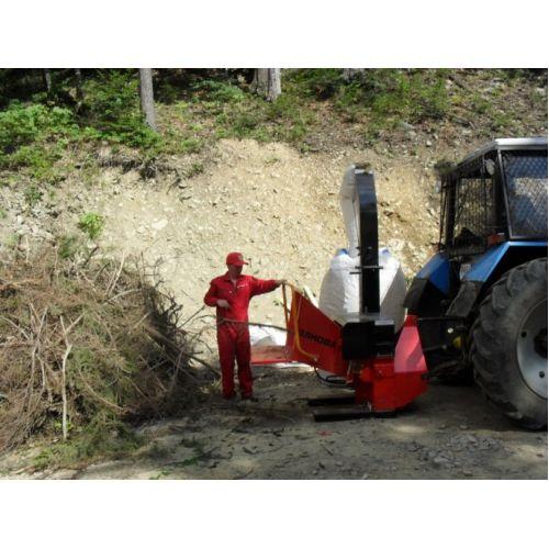 Деревоподрібнююча машина DP 660 T (навісна) | t-i-t.com.ua