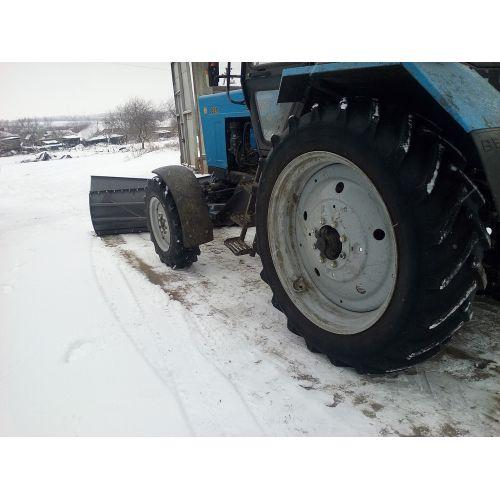 Відвал тракторний навісний ВТН-2500-80.2 ПОМАГАЙ базовий | t-i-t.com.ua
